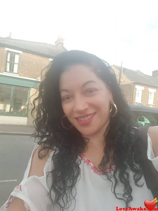 Adrehass UK Woman from London
