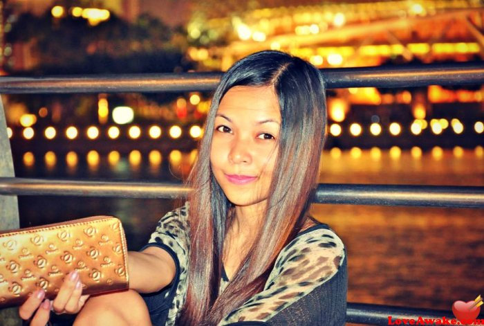 shrane Singapore Woman from Singapore