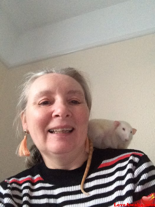 christinemary UK Woman from Ryde