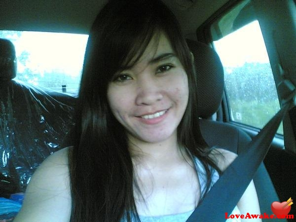 lynz Filipina Woman from Manila
