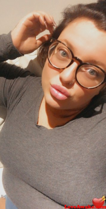 Queenstephieb90 UK Woman from St Neots