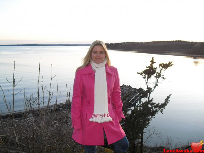 Online dating norway in Perth