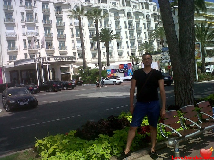essaidi French Man from Nice