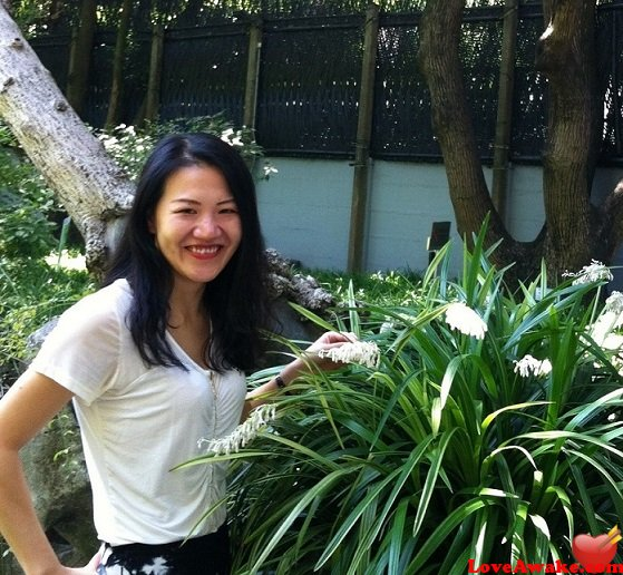 jane1204: Im a positive and honest Chinese woman looking