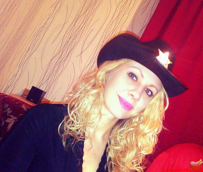 love awake free online dating australia service