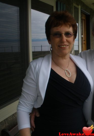 rose64 Canadian Woman from Surrey