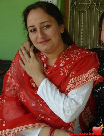 Elayusufzai Pakistani Woman from Islamabad