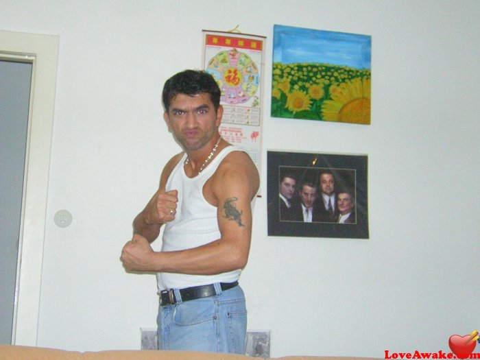 BobbyDigital74 Turkish Man from Maltepe