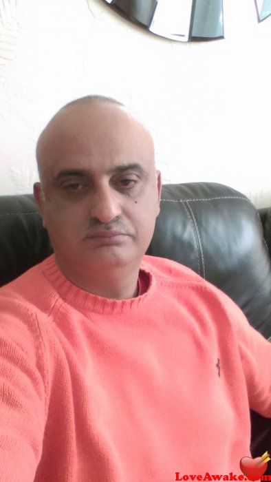 Rajaidreese7866 UK Man from Barnet