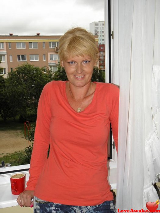 olsztyn single women Mature polish women - browse 1000s of polish dating profiles for free at russiancupidcom by joining today - page 5.