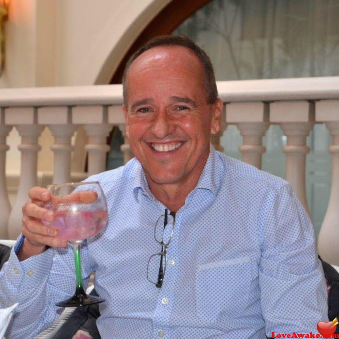 Alexmark09: I'm adventurous, romantic, sweet, caring, honest, | 53 y.o, United States, Miami | Virgo