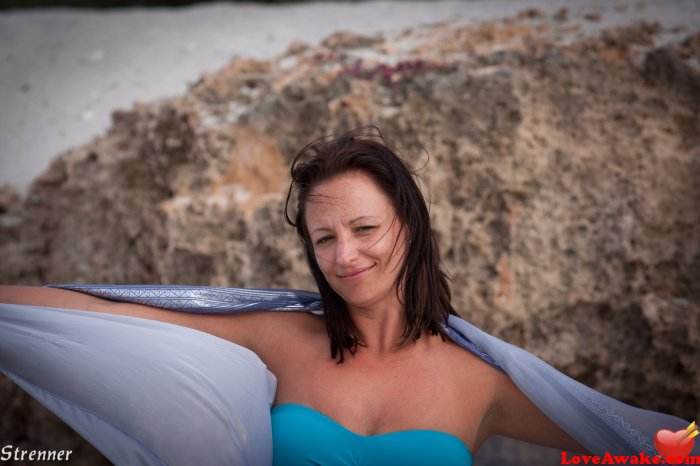 Emma75 Hungarian Woman from Budapest