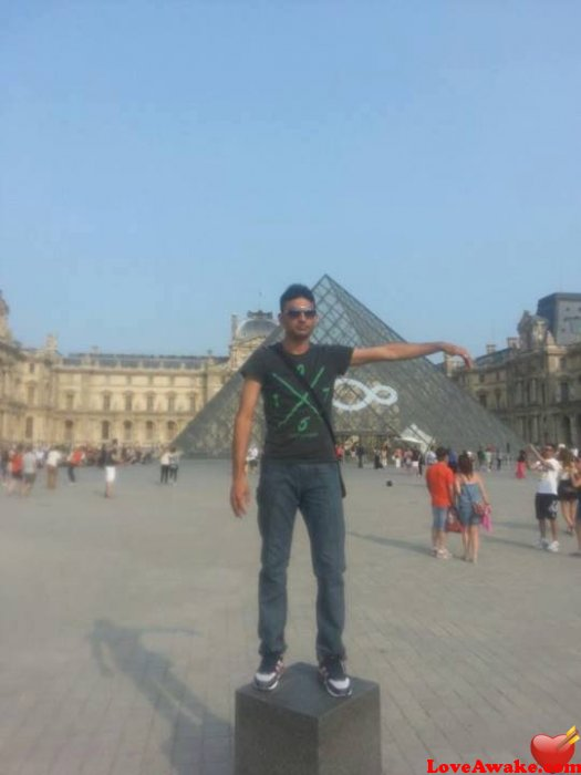 adeel675 French Man from Paris