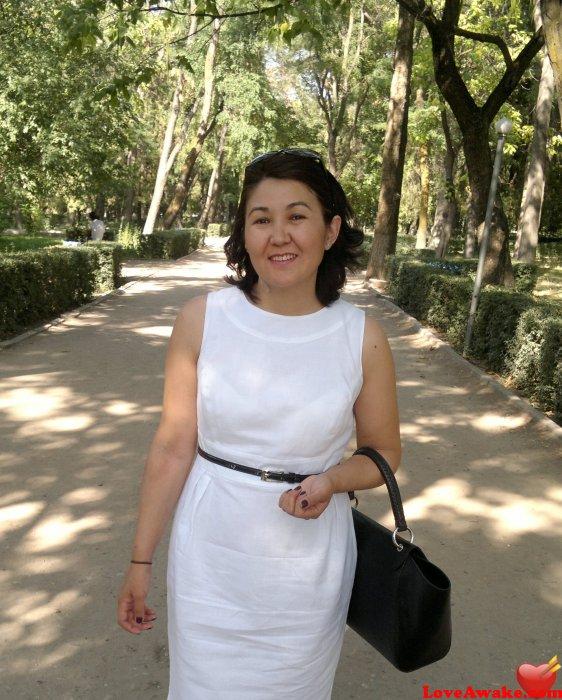 Attractive Kyrgistan Nude Women Jpg