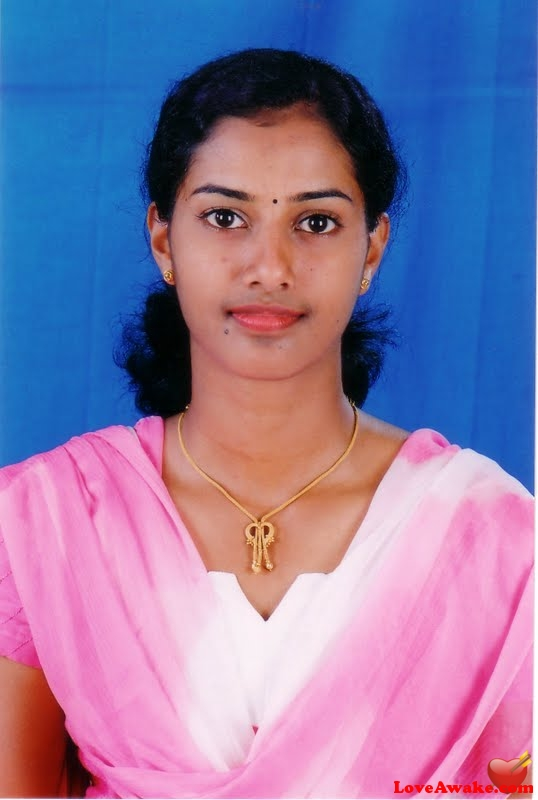 lokesh52 Indian Woman from Chennai (ex Madras)