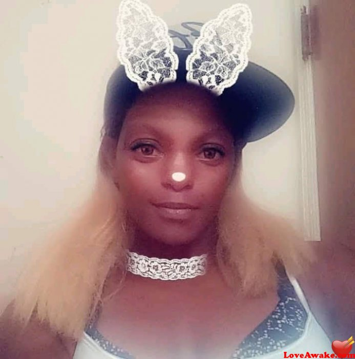 Ladileo87 American Woman from St Louis