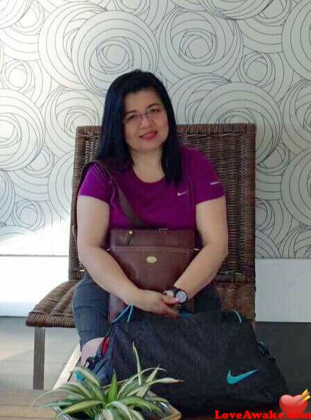 RBeth Filipina Woman from Cavite, Luzon