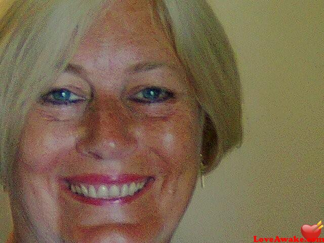 LIZ1958 UK Woman from Eastbourne