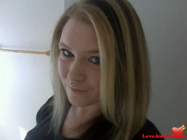 blondie69 Canadian Woman from St John