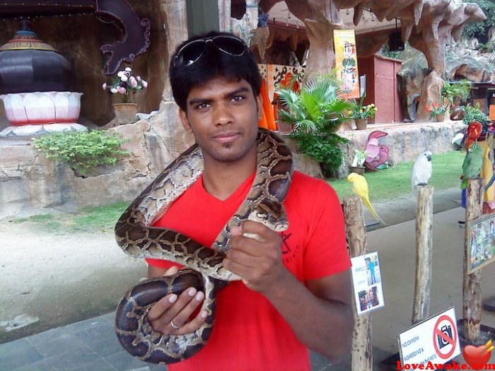 sean512 Indian Man from Hyderabad