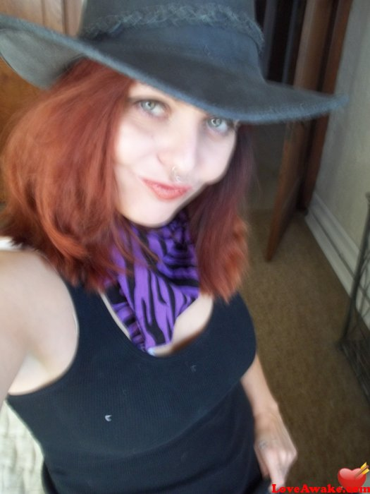 TheHarlequin13 American Woman from Columbus