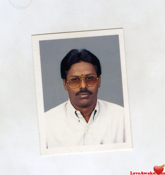 suresh2056 Indian Man from Karaikal