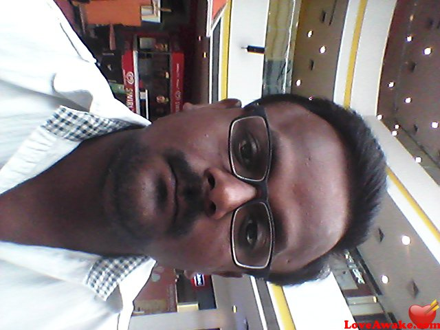 Rajesh-32 Indian Man from Lucknow